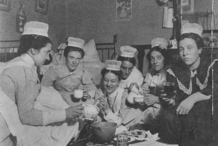 St. Luke's Cocoa Break, 1900